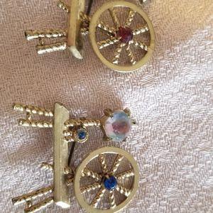 2 Spin Wheel Vintage Brooch/pins for Sale in Las Vegas, NV