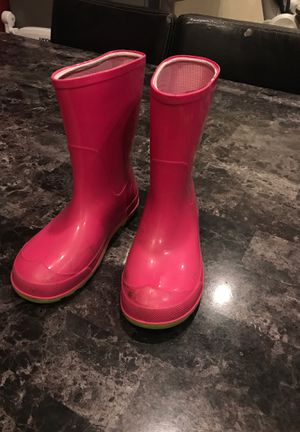 Girls rain boots size 13-1 for Sale in Fresno, CA