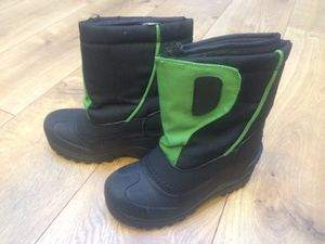 Snow boots size 13 kids for Sale in Lake Stevens, WA