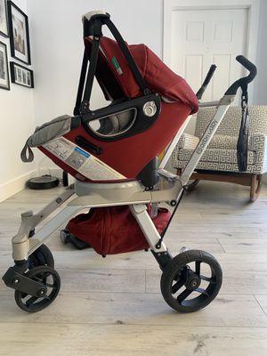 Orbit baby g2 car seat & stroller for Sale in North Palm Beach, FL