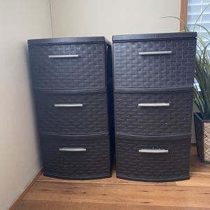 Rubbermaid Storage Drawers for Sale in Magnolia, TX