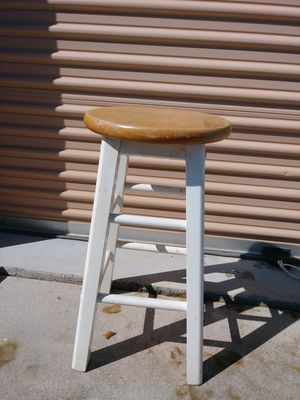 One white bar stool. 24 inches for Sale in Fort Myers, FL