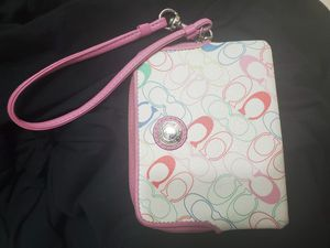 Coach wristlet wallet for Sale in Columbus, OH