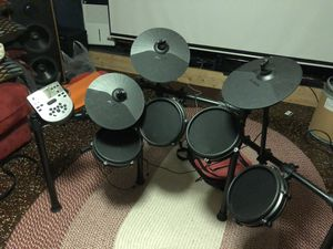 Alesis nitro drum set for Sale in Appleton, WI