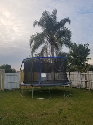 Trampoline for Sale in Kissimmee, FL