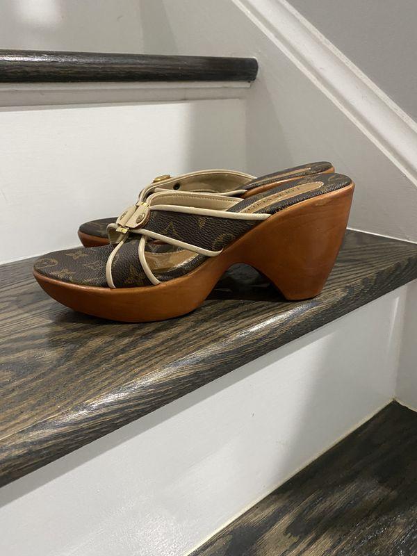 Louis Vuitton wedge shoes size 8