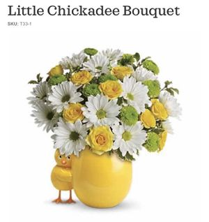 Little Chick Flower Vase for Sale in Bakersfield, CA