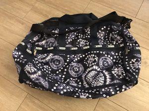 LeSportsac duffle bag for Sale in Fullerton, CA