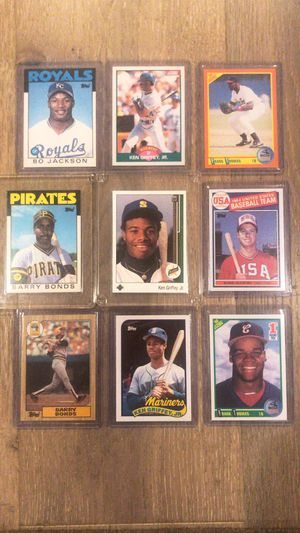 27 classic rookie baseball cards for Sale in Seal Beach, CA