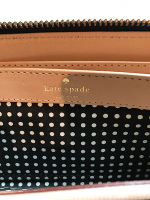Kate Spade card wallet & change purse for Sale in Nashville, TN