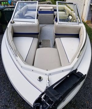 1996 Bayliner Capri - Bowrider - Great 1st Time Boat - 19' for Sale in Bristow, VA