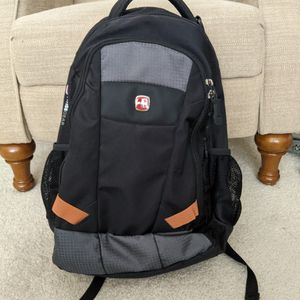 Swiss Backpack for Sale in Arlington Heights, IL