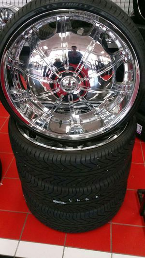 26 inch Rockstarrs with tires for Sale in Austin, TX