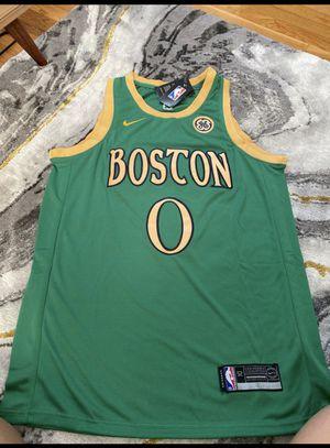 Boston Celtics jersey/ size (M) for Sale in Stoughton, MA