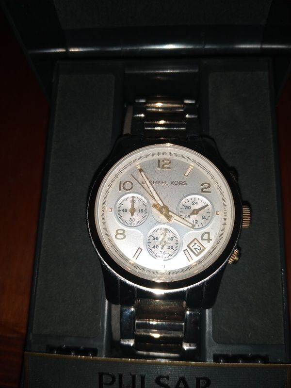 Michael Kors Authentic Women's Luxury Watch