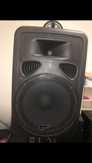 Dj speaker with stand , microphone, and remote for Sale in Bakersfield, CA