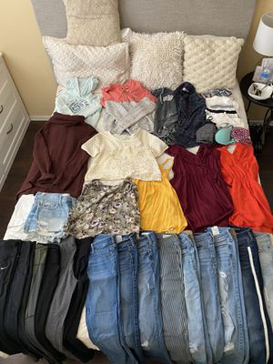 Bundle of Clothes for Sale in Waddell, AZ