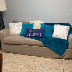 Red Sleeper Sofa for Sale in Longwood,  FL