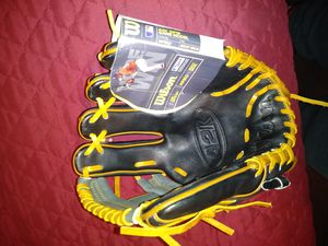 Baseball glove/Dustin Pedroia A2K for Sale in Los Angeles, CA