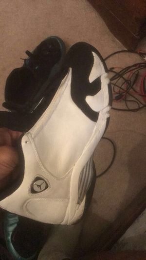 SZ 10.5 Black Toe 14s COME GET TODAY, ROCKVILLE MD for Sale in Rockville, MD