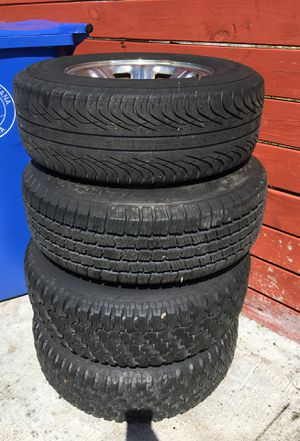 2002 ford ranger tires and rims 235/70r15 for Sale in Lake Worth, FL