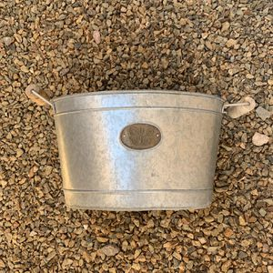 """Metal Flower Pot With Butterfly On It 20""""W X 10"""" H Wooden Handles for Sale in Henderson, NV"""
