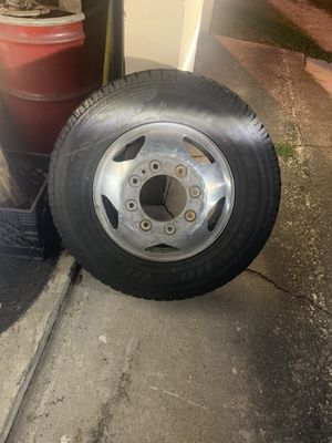 chevy dually wheels and tires(2018) for Sale in Jacksonville, FL