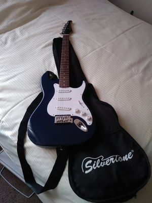 Silvertone electric guitar for Sale in Dundalk, MD