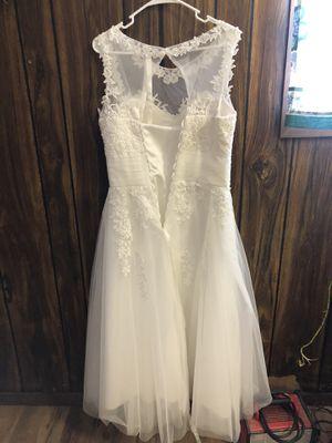Never been worn wedding dress for Sale in Avondale, AZ