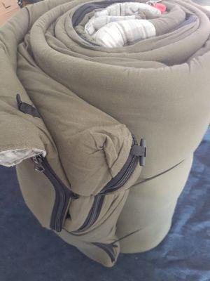 Big game sleeping bag for Sale in Hemet, CA
