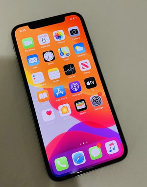Iphone x 64 gb unlocked for Sale in Miami, FL
