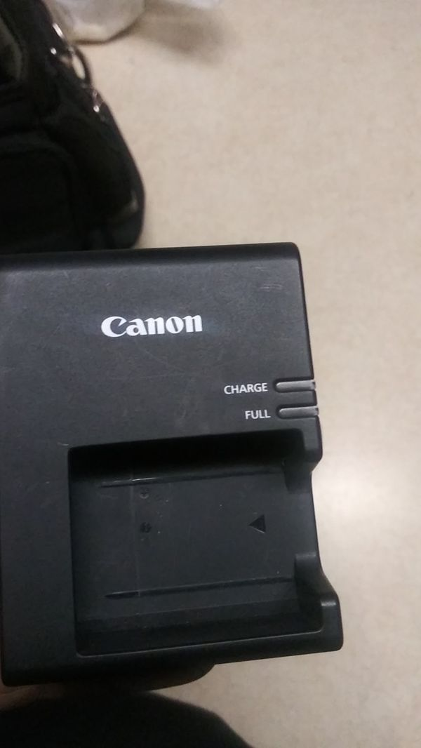 Canon T6 camera with 3 lenses