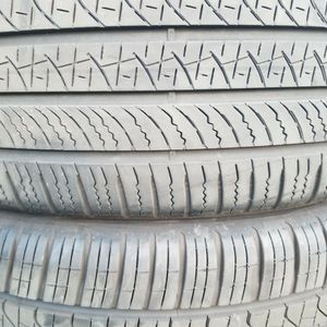 2 TIRES PERELLIS 275-40_21 THEY ARE ALMOST BRAND NEW for Sale in Boca Raton, FL