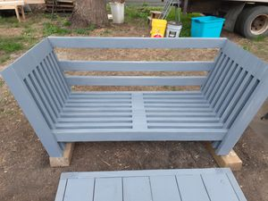 Patio Couch and table set for Sale in Sioux Falls, SD