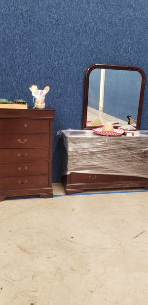 Set of bed for Sale in Colorado Springs, CO
