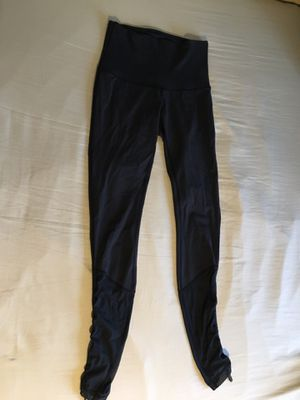 Lululemon Athletic Yoga Pants for Sale in Silver Spring, MD