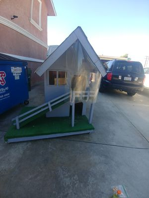 Dog or cat house with 2nd floor for Sale in Compton, CA