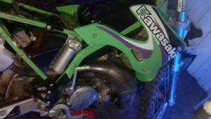 1999 kx125 2 stroke Kawasaki dirt bike for Sale in Montrose, CO