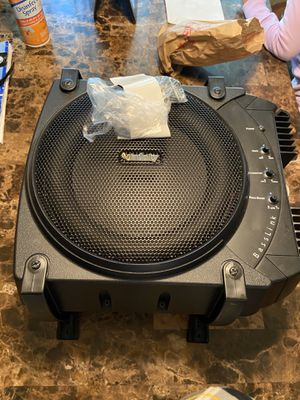 10in Infinity Basslink Sub/w Amp for Sale in Columbus, OH
