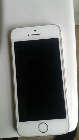 IPhone 5s for Sale in Richmond, VA