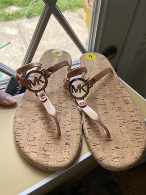 Michael Kors Jelly Sandals Size 9 for Sale in Severn, MD