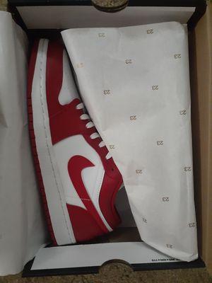 Nike Jordan 1 low size 9.5 new in box for Sale in Brooklyn, OH