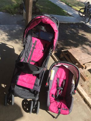 Stroller & Car seat for Sale in Colton, CA