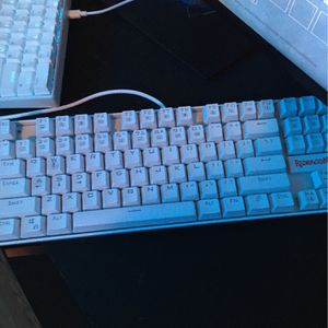Gaming Keyboard for Sale in Fort Myers, FL
