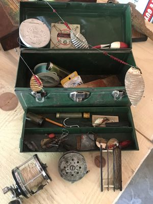 Vintage fishing tackle and box for Sale in Colbert, WA