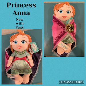 Princess Anna From Frozen NWT for Sale in Peoria, AZ