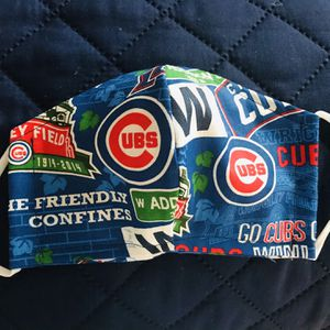 Chicago Cubs Face Mask With Adjustable Ear Loop for Sale in Tukwila, WA