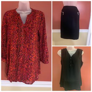 #745 Ladies Bundle size small for Sale in Portsmouth, VA