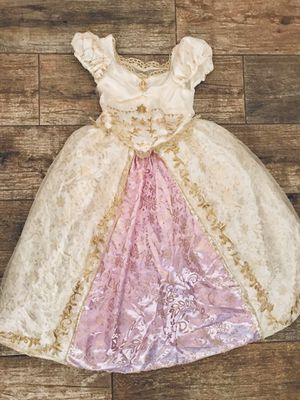 Princess Rapunzel - Tangled - Wedding Dress - Disney Store - Size XS (4) •If Is Posted Is Available• for Sale in Grand Island, FL