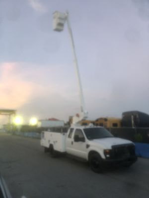 2008 ford F450 Bucket truck. Good condition runs perfect for Sale in Opa-locka, FL